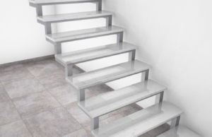 Straight steel staircase Bianco Bello